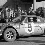 Jean-Luc Thérier-Marcel Callewaert (Alpine-Renault 1600). Rallye Monte-Carlo 1971, control de Barcelona